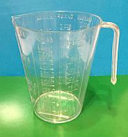Мерный стакан для сыпучих и жидкостей