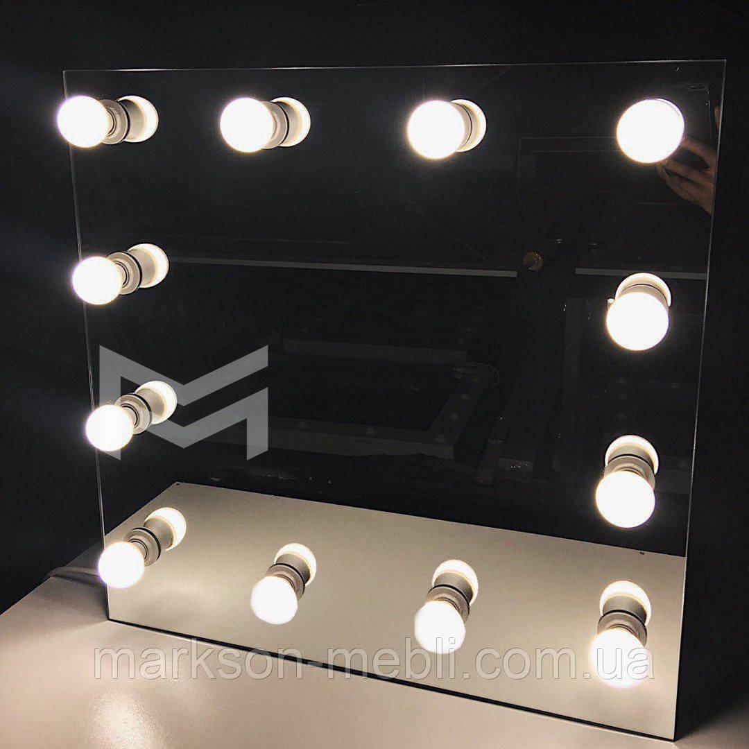 Зеркало LIBER с врезными лапочками в зеркале 60х60 см