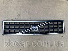 Решетка  Volvo 340 , 360  208436