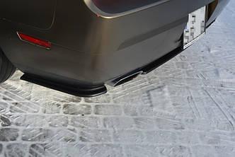 Боковые диффузоры заднего бампера накладка тюнинг Dodge Challenger MK3 SRT8 Coupe