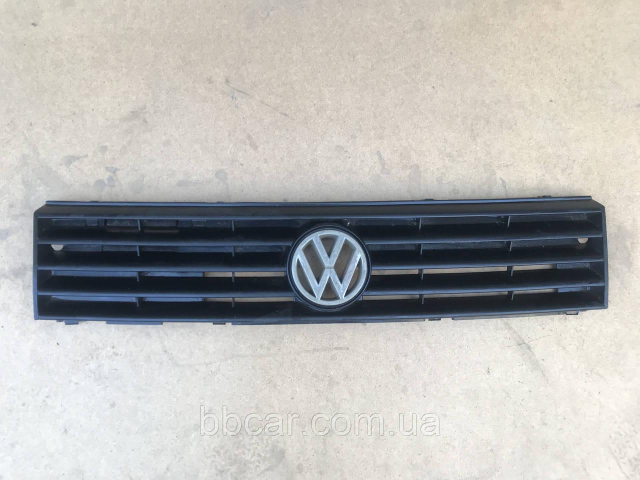 Решітка Volkswagen Polo  1990-1994 р-в   867.853.653 G