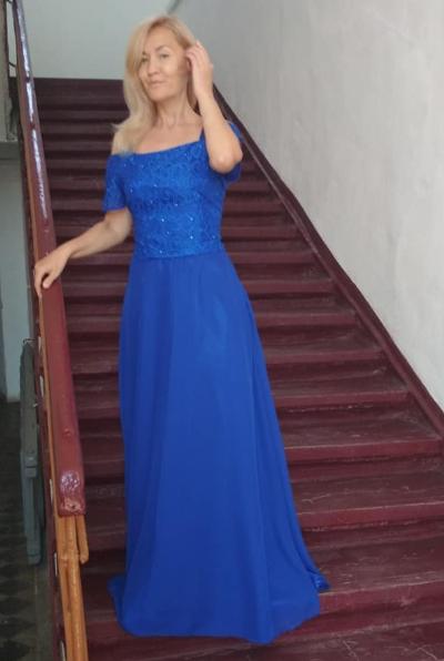 Недорогое вечернее платье. Универсальный размер подойдет на любую фигуру. Онлайн ателье.
