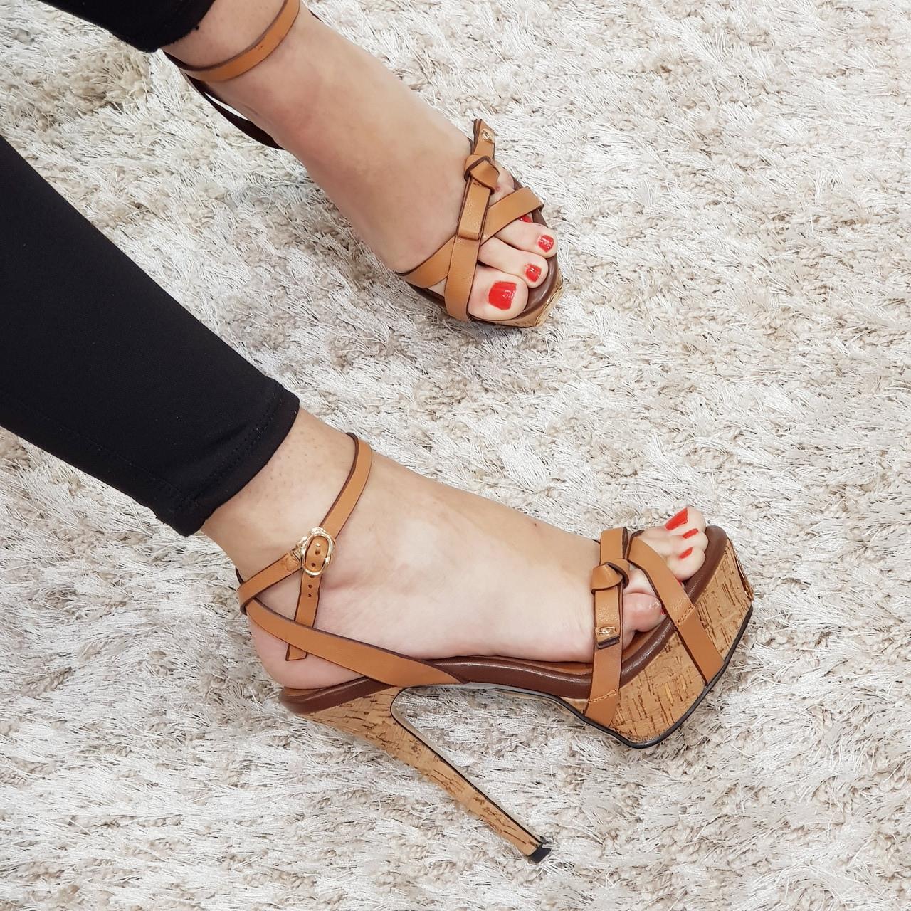 Босоножки женские искусственная кожа на высоком каблуке шпилька коричневые