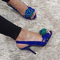 Босоножки женские из натуральной лаковой кожи на высоком каблуке шпилька синие, фото 1