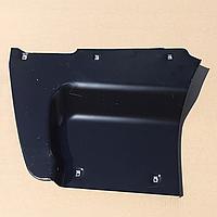 Щиток подножки левый КАМАЗ 5320-8405111