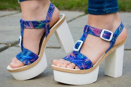 Летящей походкой по жаркому лету: как выбрать идеальную летнюю обувь для города?
