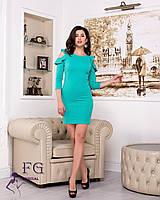 Зеленое женское платье до колен