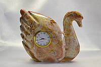 Лебедь из оникса с часами