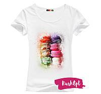 Стильная женская футболка с принтом Макаруны
