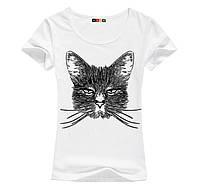 Стильна жіноча футболка з принтом Котом