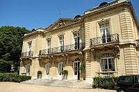 Замок в Версале.
