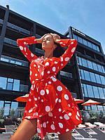 Короткое красное платье в крупный белый горох