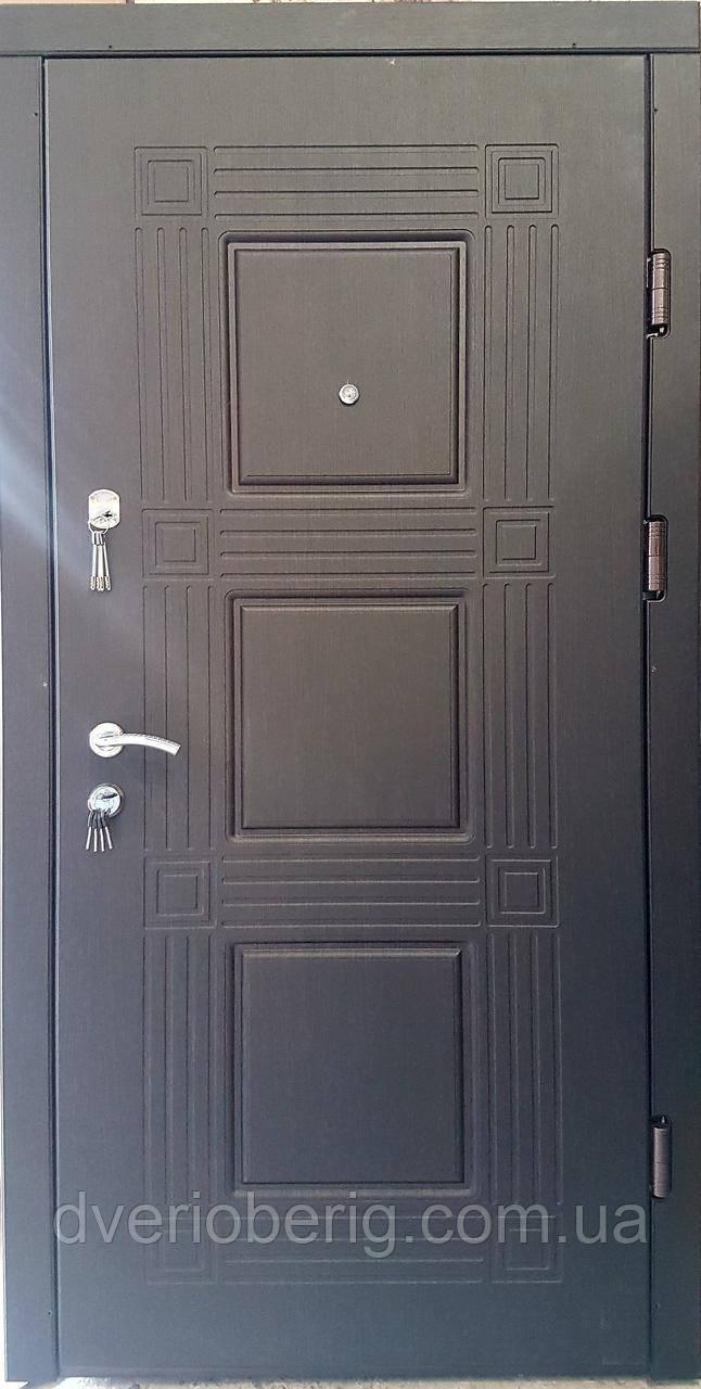 Входная дверь модель П5-345 Венге южный / Белая текстура
