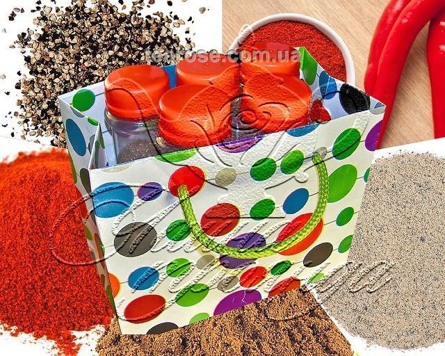 Набір спецій «Перці мелені» у 5 пластикових ємностях