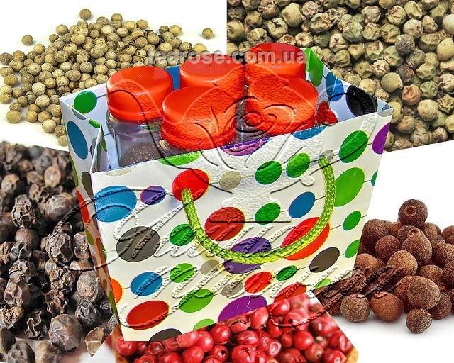 Набір спецій «Перці горошком» у 5 пластикових ємностях