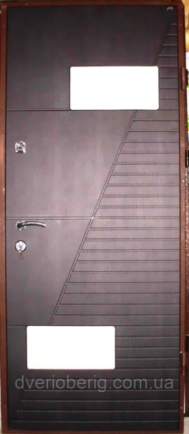 Входная дверь модель П4-700 венге темный/светлый