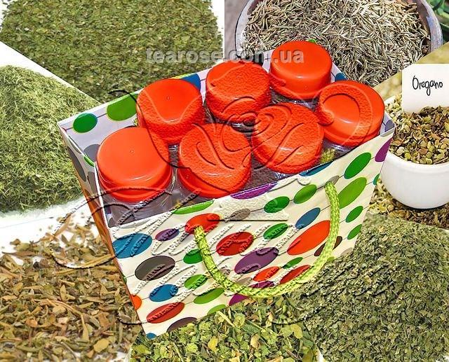 Набір спецій «Сушене зелене різнотрав'я» у 7 пластикових ємностях