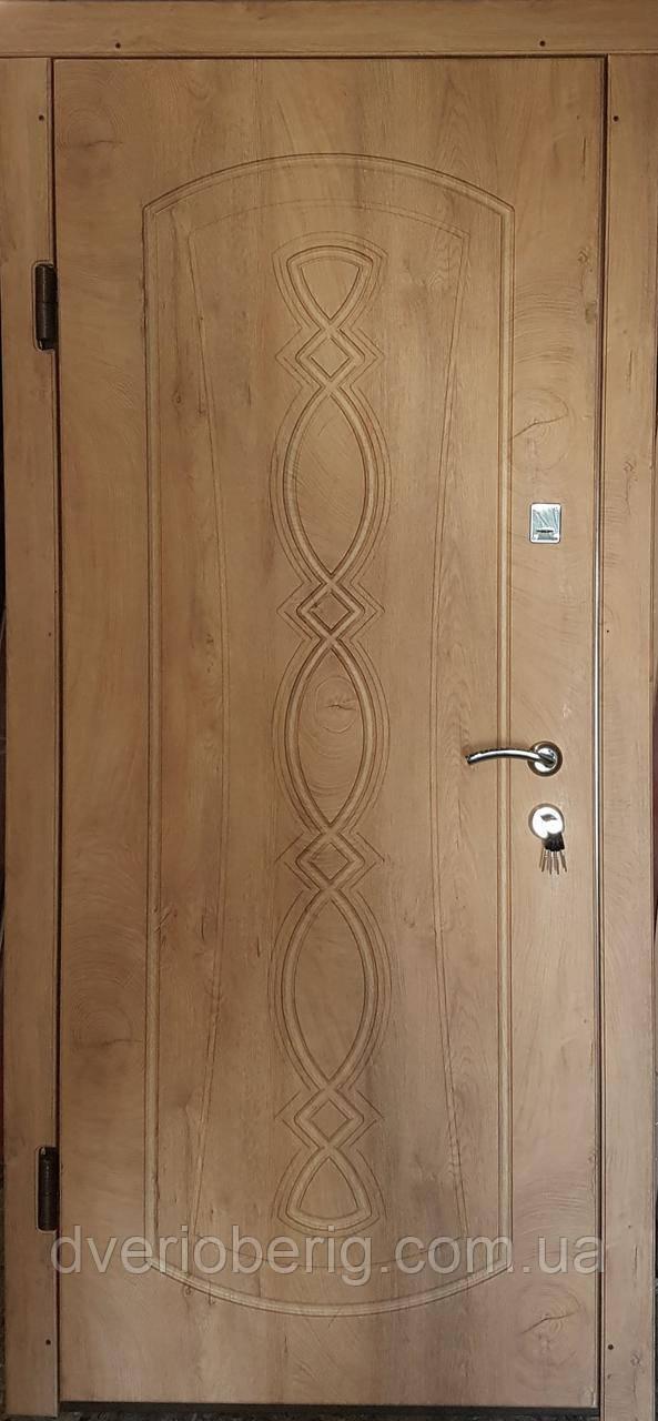 Входная дверь модель П3-348 спил дерева медовый
