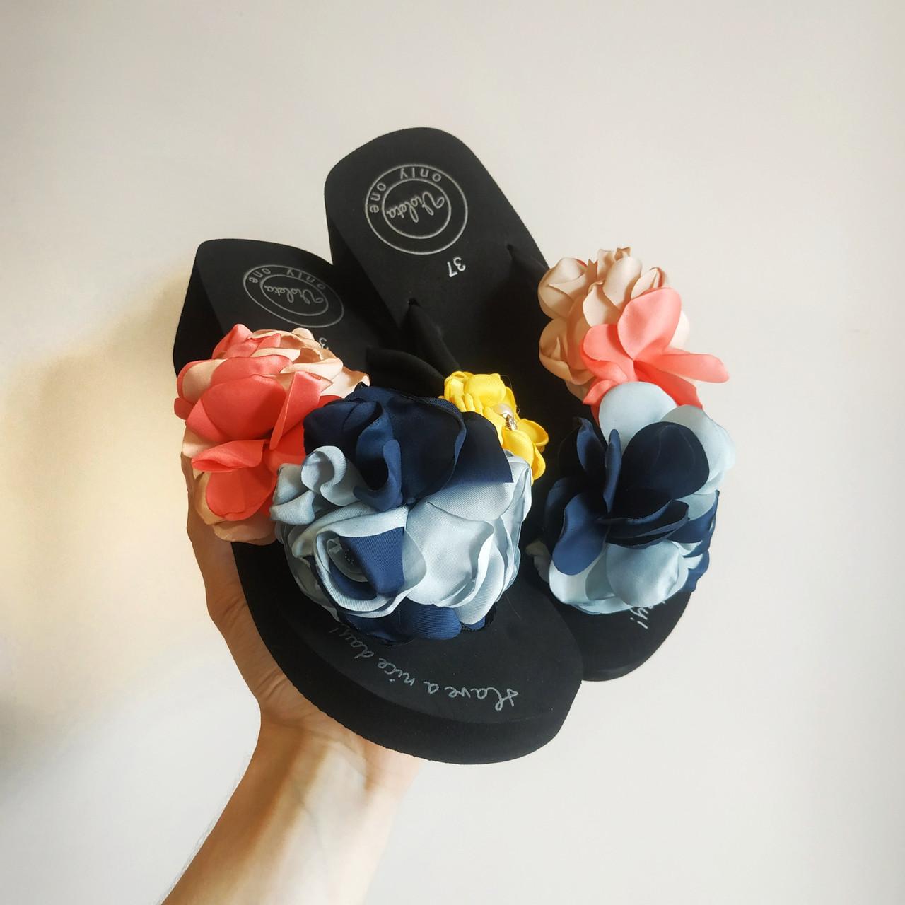 36. 37  Вьетнамки с цветком на танкетке черные с цветками шлепки шлепанцы на каблуке платформе тапки тапочки