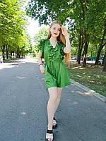Женский комбинезон ромпер с глубоким вырезом на шнуровке и оборками в зеленом цвете. Размер M/L. Италия