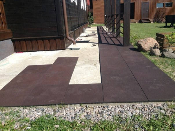 Резиновая плитка во двор