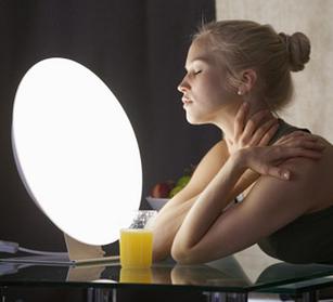 Национальное Бюро Освещения (США) рекомендует лечение светодиодным терапевтическим освещением
