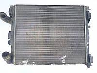 Радиатор охлаждения двигателя Renault Clio Symbol 82 00 033 831