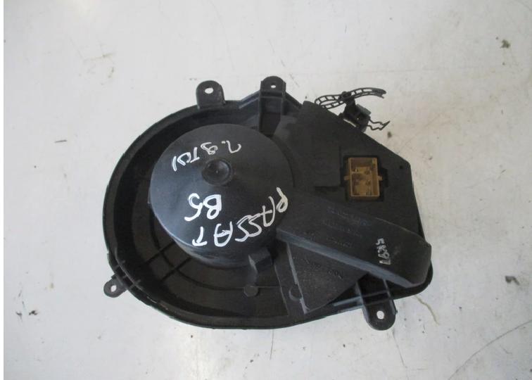 Моторчик пічки для Volkswagen Passat B5