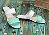 Жіночі шкіряні шльопанці на маленькому підборах, колір м'ята/білий, фото 2