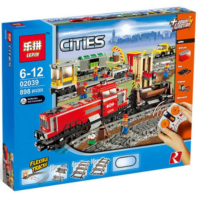 """Конструктор Lepin 02039 """"Красный товарный поезд"""" (аналог Lego City 3677), 898 дет"""
