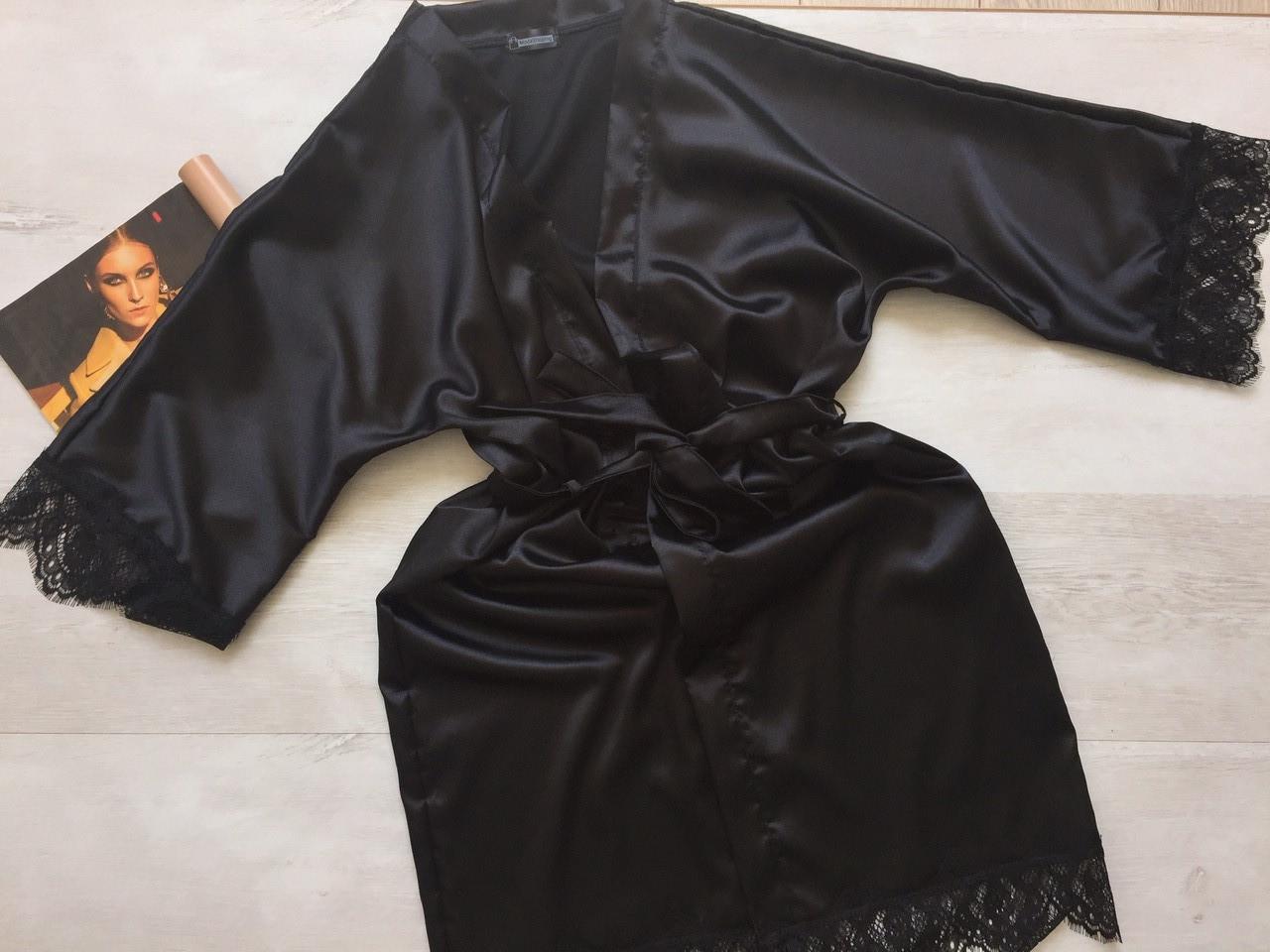 Женский атласный халат черный