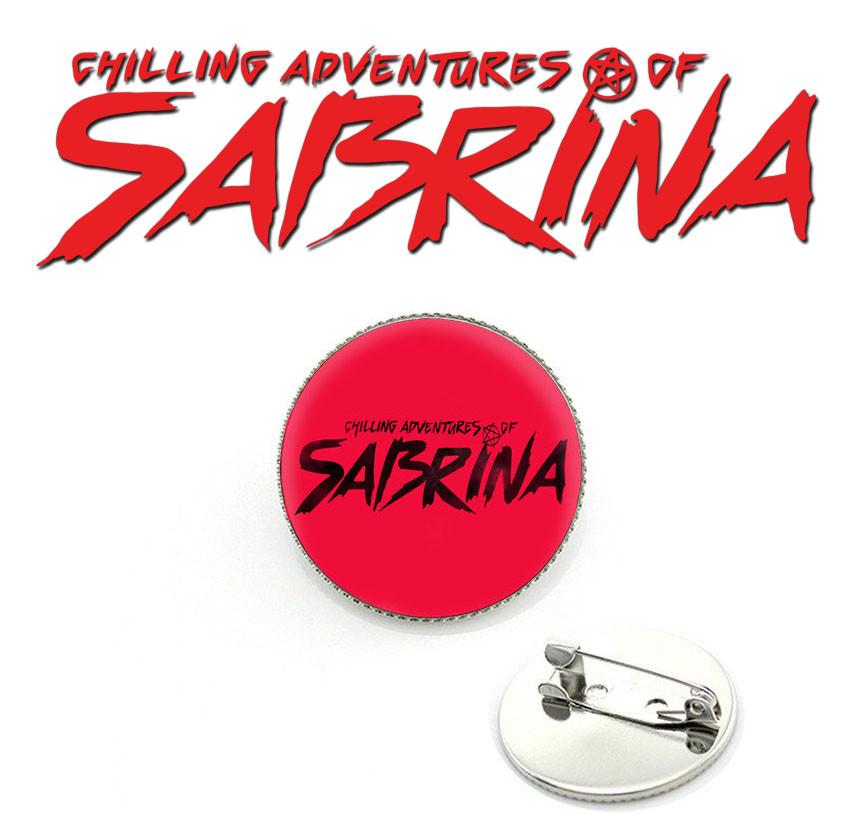Значок Леденящие душу приключения Сабрины/Chilling Adventures of Sabrina красного цвета