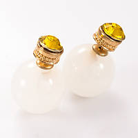 Серьги-пусеты Dior белые со стразом