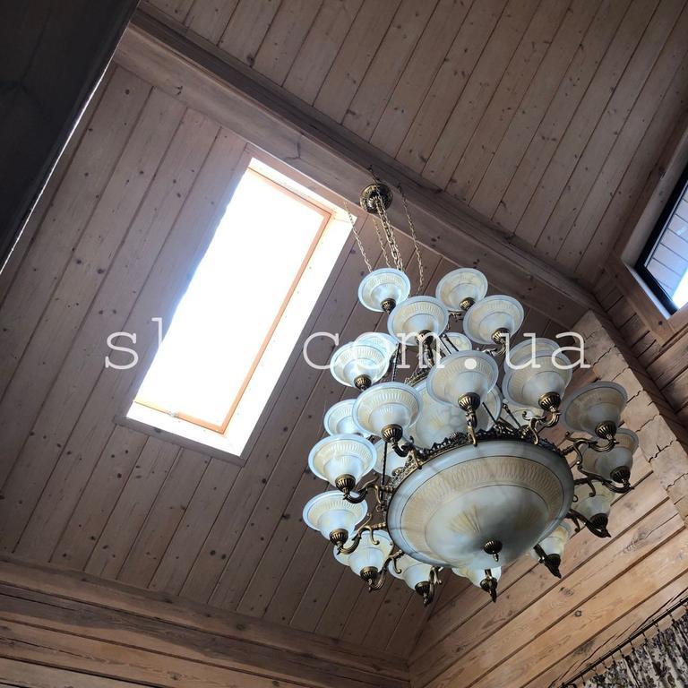 Имитация бруса в интерьере + мансардное окно Velux