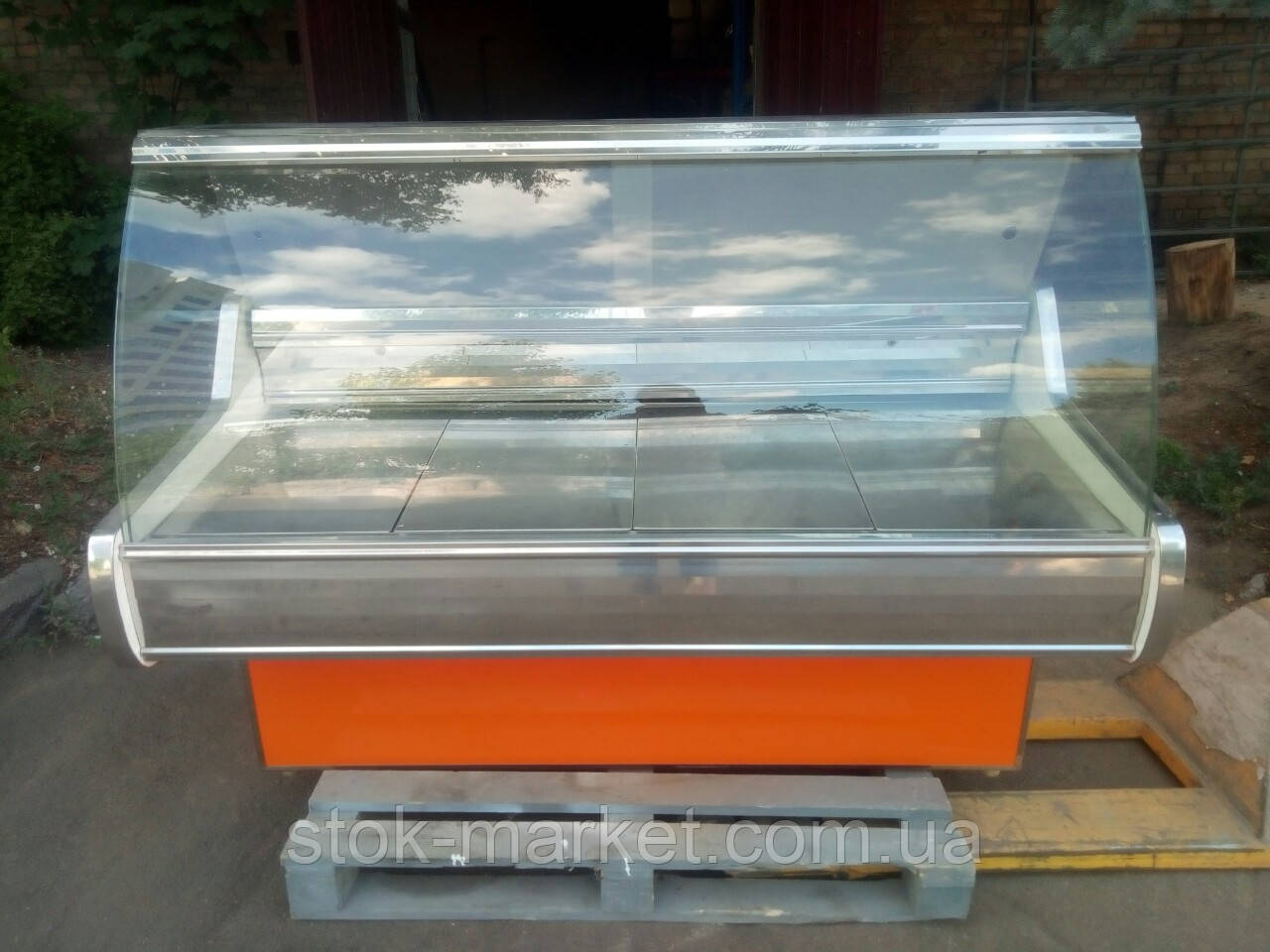 Витрина  холодильная Росс 1,6 м. гастрономическая витрина б/у