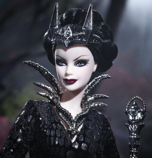 Коллекционная кукла Барби Королева Темного Леса / Queen of the Dark Forest Barbie Doll