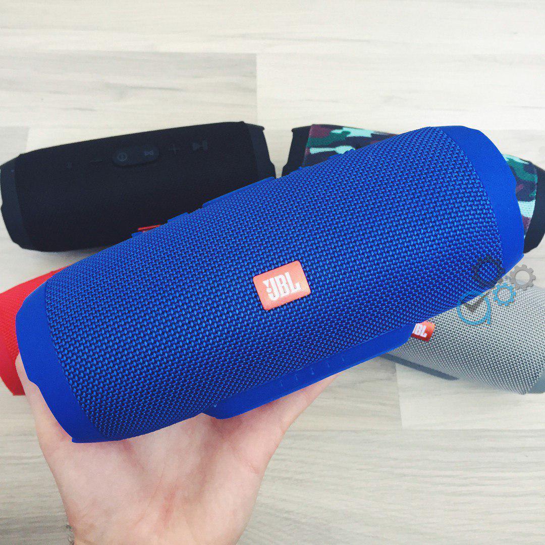 Портативная Bluetooth-колонка JBL Charge 3 Синяя