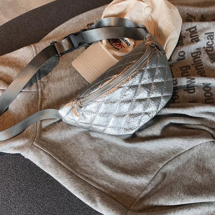 Сумка на пояс - бананка - Италия серебро - PU кожа