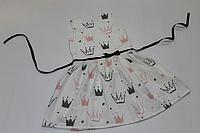 """Летнее платье на девочку """"Короны"""" на белом фоне"""