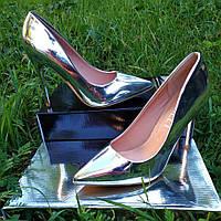 Туфли серебро на каблуке