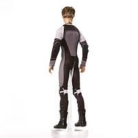 Коллекционная кукла Барби Голодные игры: И вспыхнет пламя Питт / The Hunger Games: Catching Fire Peeta Doll, фото 2