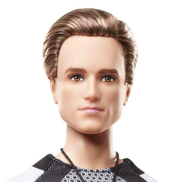 Коллекционная кукла Барби Голодные игры: И вспыхнет пламя Питт / The Hunger Games: Catching Fire Peeta Doll