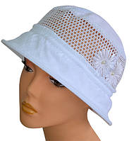 Маленькая шляпка белый принт
