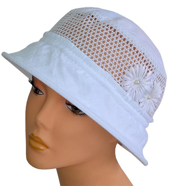 Купить небольшую шляпу белого цвета с маленькими полями