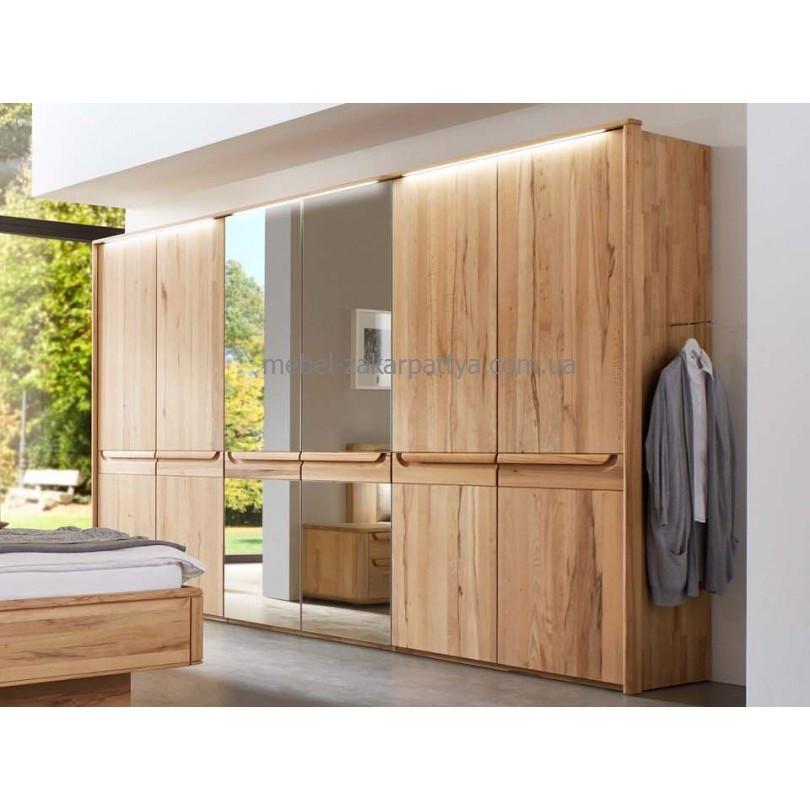 Шкаф деревянный 6-ти дверный
