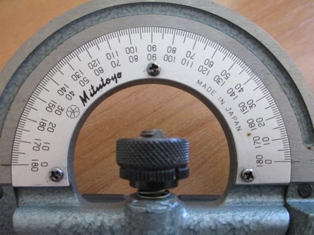 Комбинированный измерительный угломер Mitutoyo 187-907.Возможна калибровка в УкрЦСМ.