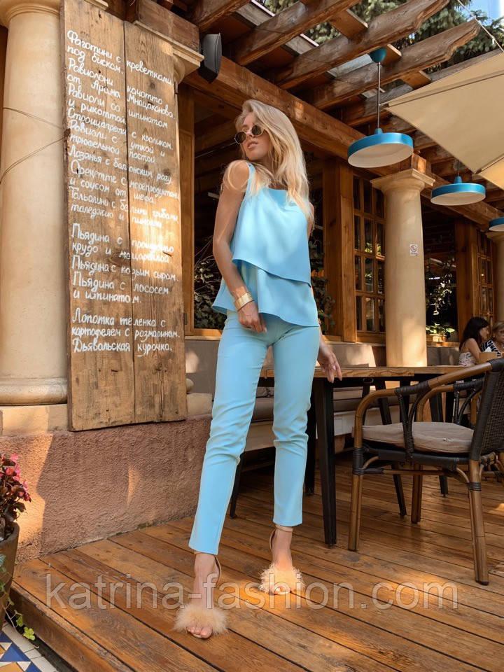 Женский брючный костюм: блуза и брюки (в расцветках)