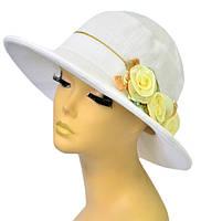 Шляпа женская Мечта белая с бежевыми цветами