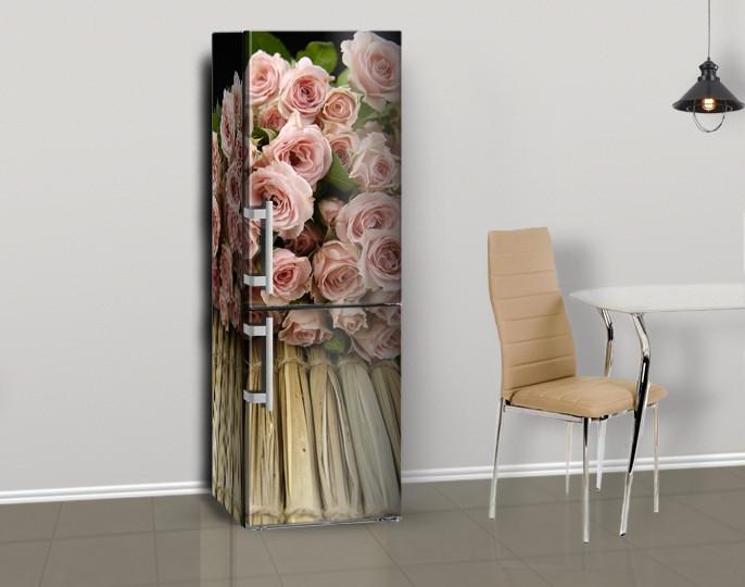 Магнитная наклейка на холодильник Розы букет на деревянном фоне (виниловый магнит), 600*1800 мм, Лицевая