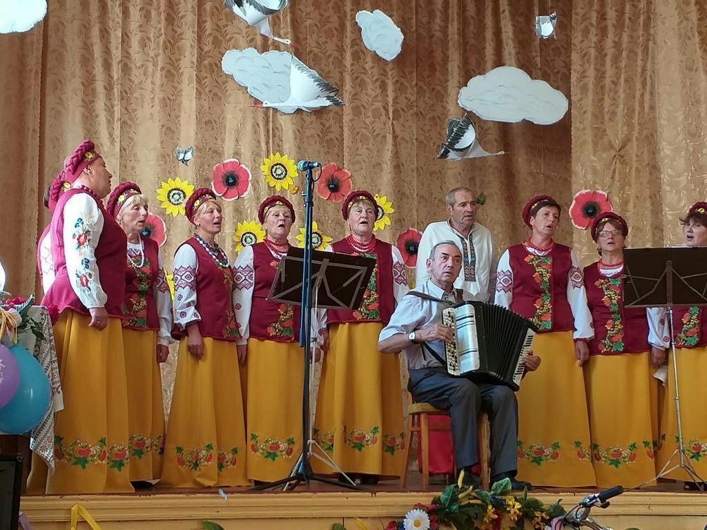 вокальна група ,Київська  обл, Фастівський рн, -1